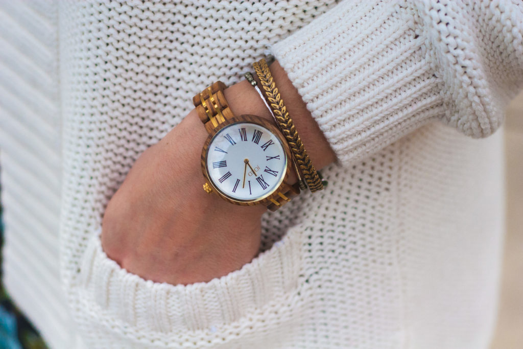 cassia womans wooden watch
